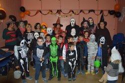 EHH OUI les U8/U9 avec quelques U7 de l'école de foot fêtent Halloween ! - AS Beautiran Football Club
