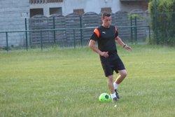 L'équipe parents vétérans en plein entrainement pour le tournoi de ce jour. - Club Sportif de Saint-Pierre