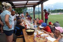 Dimanche ensoleillé et festif pour le BBQ des U9 - Club Sportif de Saint-Pierre