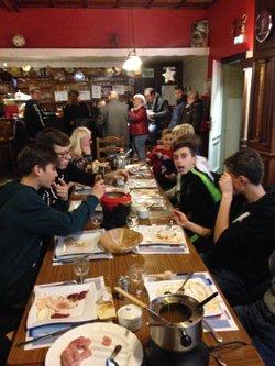 Repas de fin d'année des U 15 du FC PORCELETTE au restaurant le ROYAL A L'HÔPITAL