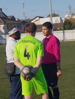 U15A FC ROMAINVILLE-COSMOS   4/0 - F.C.ROMAINVILLE