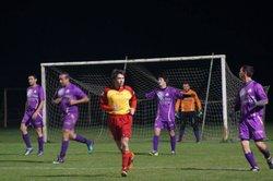 Seniors - FC Plateau 39 - Triangle d'Or Jura Foot 3 - FC PLATEAU 39