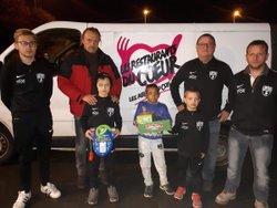 album photos de la solidarité des joueurs de la JSTEL avec les Restos du Coeur - Jeunesse Sportive Toulon-Etang-Luzy