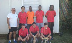 L'équipe vainqueur du tournoi U18 de PREY avec 8 victoires, 1nuls, 21 buts marqués et 2 encaissés - Saint Sébastien Football