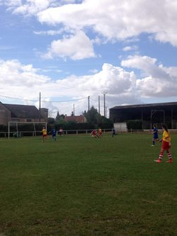 ENTENTE  LE POINCONNET/ VINEUIL 1 CONTRE  JOUE LES TOURS  3 / 1 - UNION SPORTIVE LE POINCONNET FOOTBALL