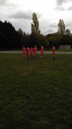 Echauffement équipe avant rencontre contre ST ROMANS LES MELLE - U.S. PRAHECQ