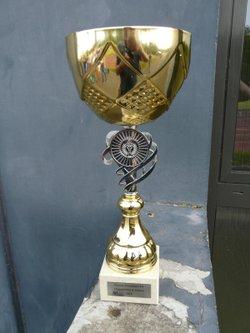 Si tu es une fille et que tu as envie de jouer au foot, viens rejoindre l'U S Saessolsheim