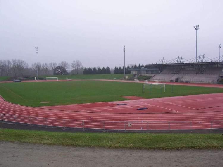 Terrain stade du lac de maine 1 photo n 1 club football angers sports lac de maine footeo - Jardin interieur du lac angers ...