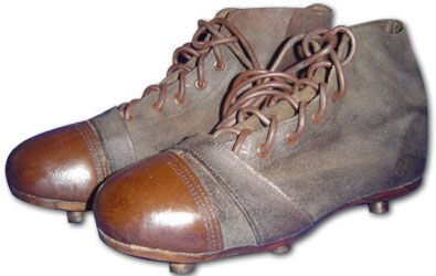 Geoffrey-Retro-Leather-Football-Shoes.jpg