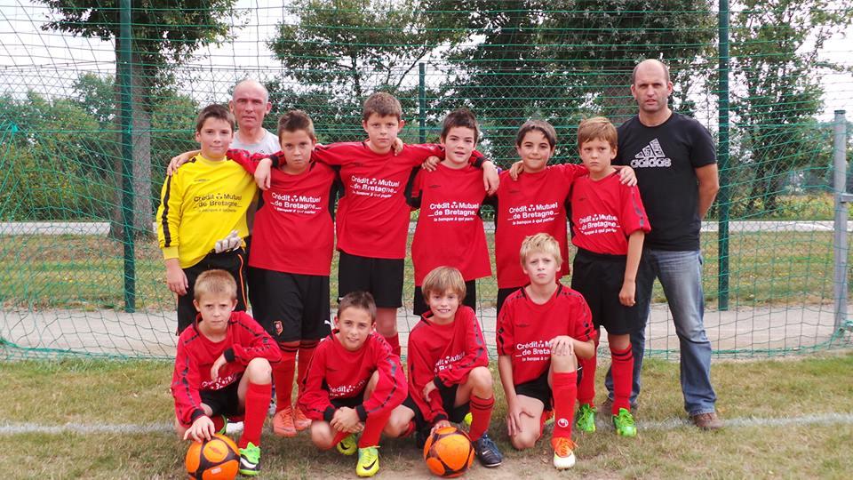 Équipe U10-U11 A Rouge de l'école de football du C.S.J. - saison de football 2013/2014