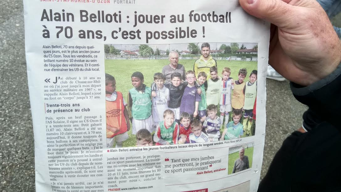 Actualit alain belloti jouer au football 70 club football cs ozon football footeo - Jouer au 12 coups de midi ...