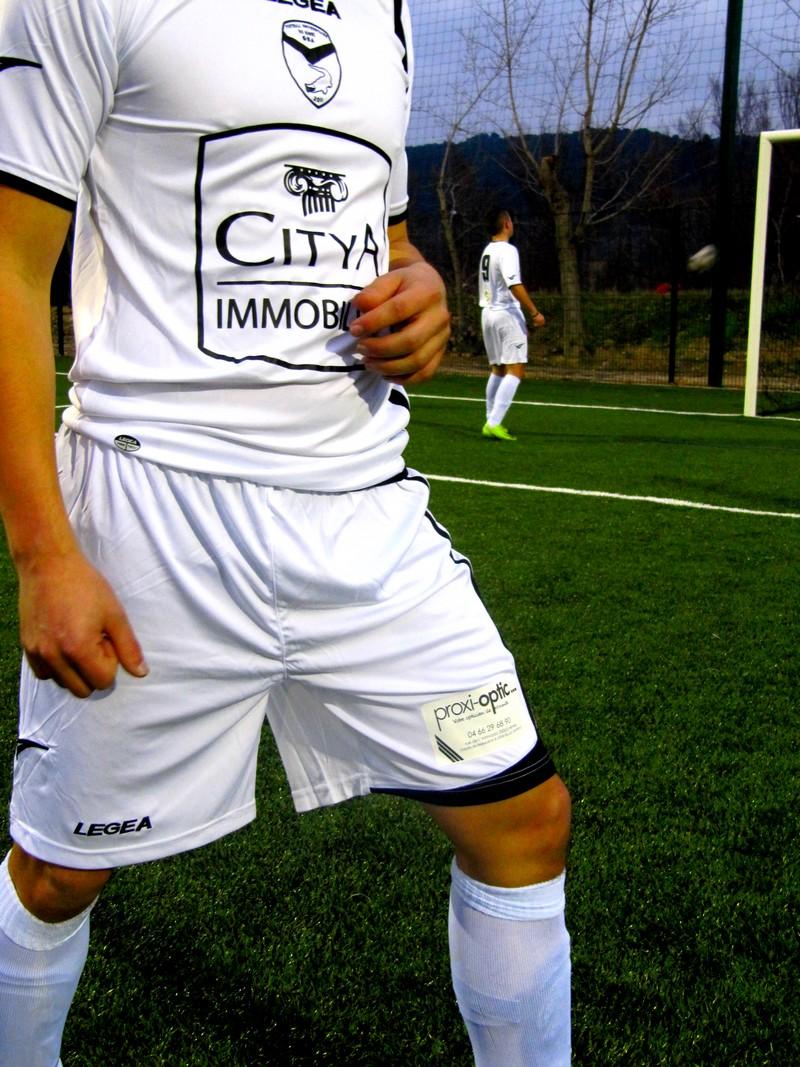 Joueur maillot logo