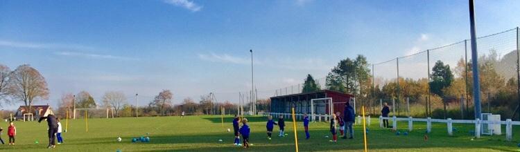 Union Sportive et de Jeunesse en Montreuillois : site officiel du club de foot de ECUIRES - footeo