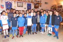 Formation arbitrage U13-U15 par Jérôme du District en présence de Willy, Lotfi, Jamel, arbitres du CSSP - Club Sportif de Saint-Pierre