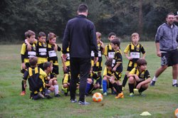 L'école de foot trés attentive - Etoile Béarnaise FC