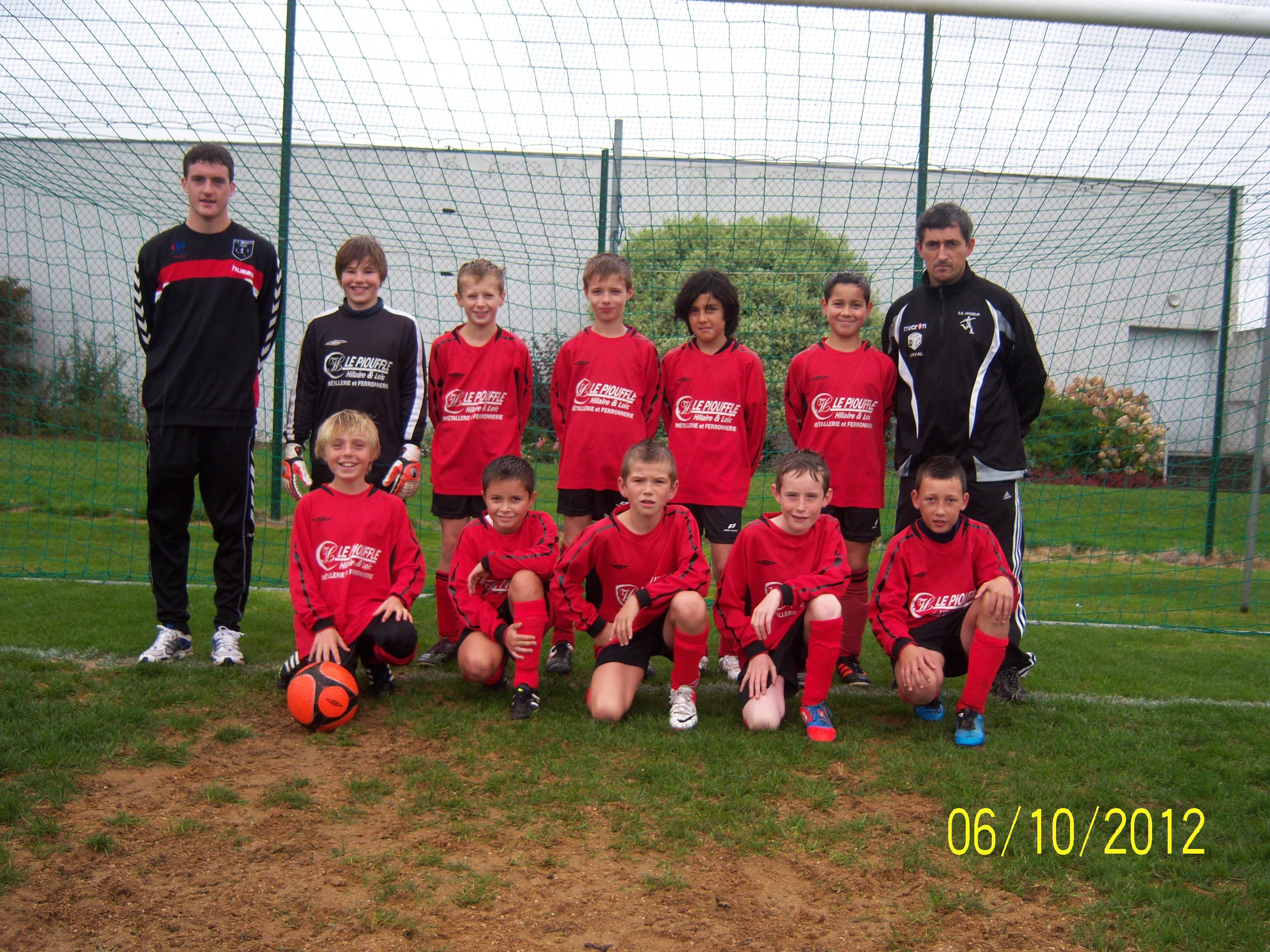 Équipe U11 A Rouge de l'école de football du C.S. JOSSELINAIS - saison de football 2012/2013