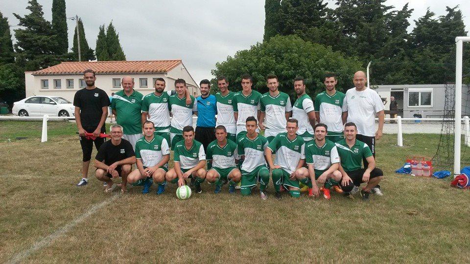 Debout de gauche à droite: Achraf, Greg Vilain, Alex, Jean Marc, Adrien, Rudy, Julien, Thomas, Nico, Joël et Manou.