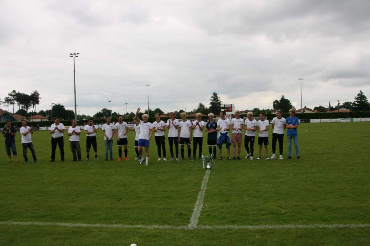 Album u 18 coupe des landes 2017 2018 photo n 9 club football football club tartas st - Coupe des landes football ...