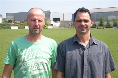 Une paire d'entraîneurs au SCNA