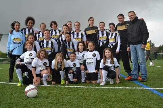 FOOTBALL FEMININ ACADEMY 77 1 (Séniors / U19F)